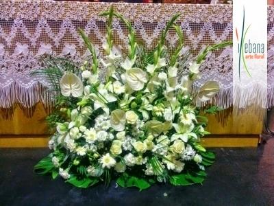 Centro frontal del altar