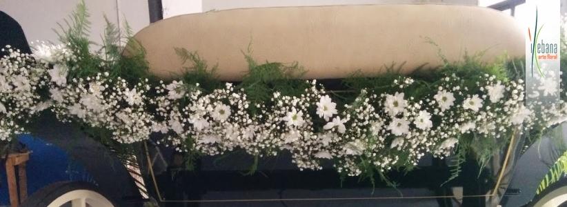 Guirnalda de flor variada