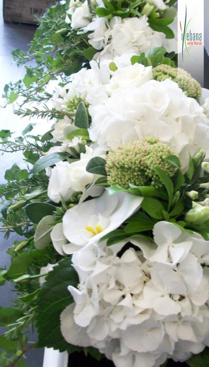 Guirnalda  de hortensias