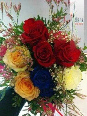 Ramo de rosas colores