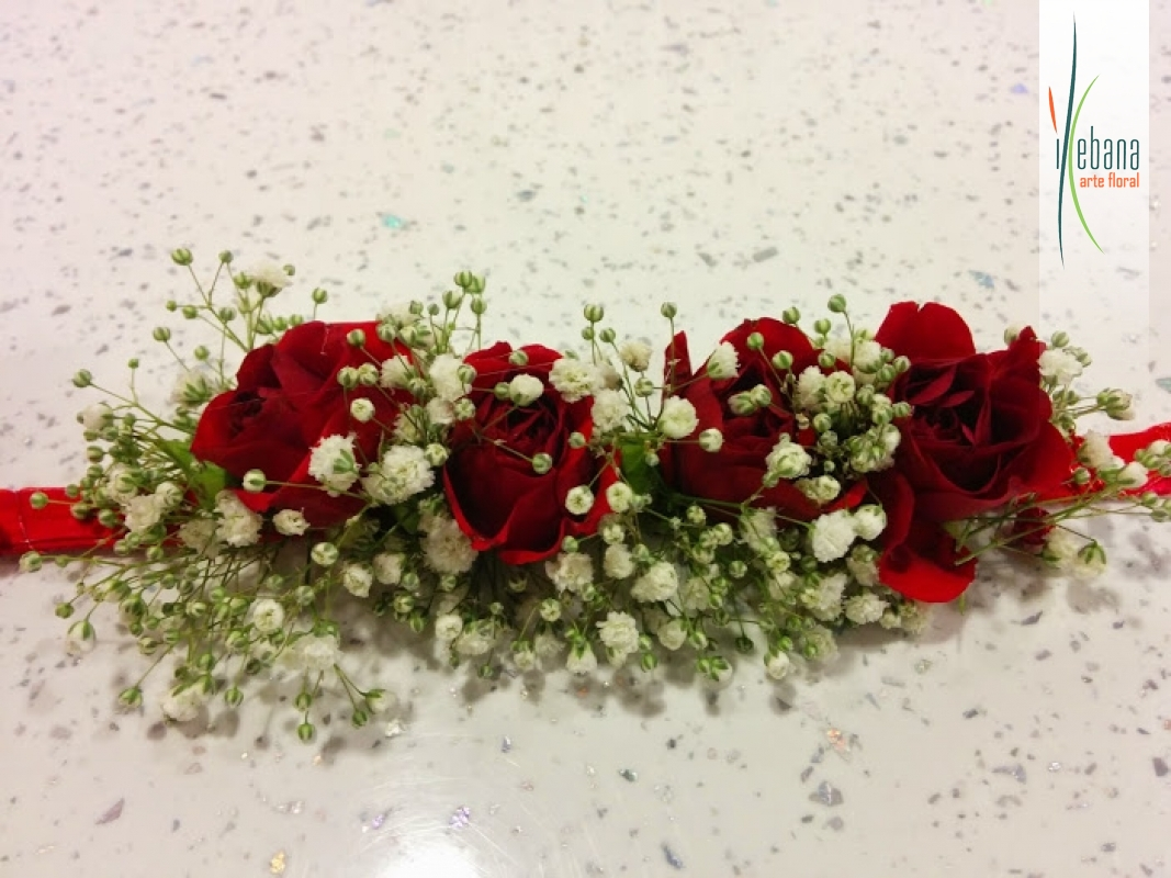 Pulsera de rosas